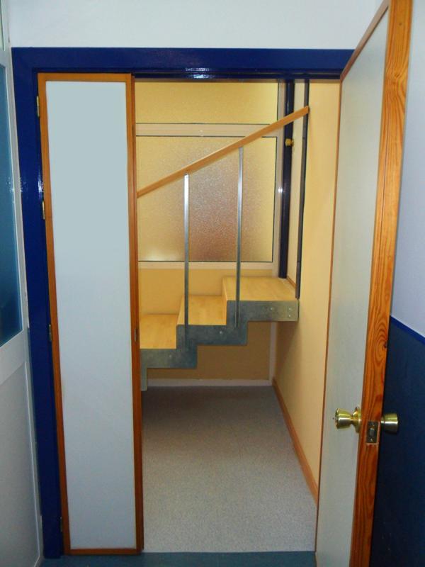 Reforma de escalera interior por arquitecto francisco jerez - Reformas de escaleras ...